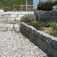 Wege- und Mauerbau